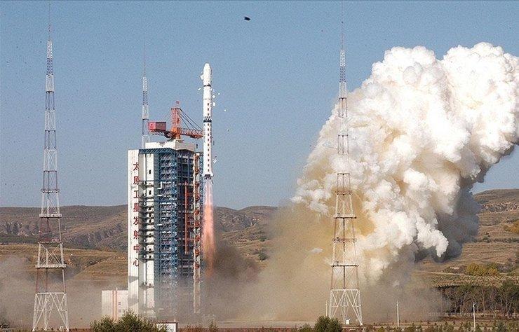 Çin, sinyal aktarımı uydusu 'Tienlian I-05'i fırlattı