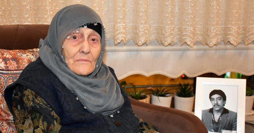 33 yıldır kayıp oğlunu bekliyor