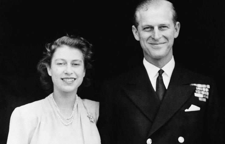 Buckingham Sarayı, İngiltere Kraliçesi 2. Elizabeth'in eşi Prens Philip'in hayatını kaybettiğini açıkladı.