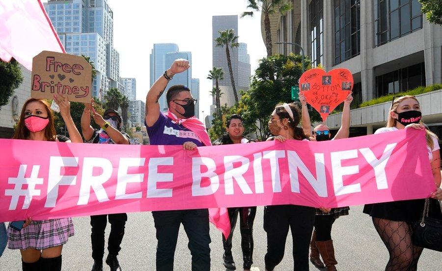 BRİTNEY SPEARS #FREEBRİTNEY HAREKETİNE TEŞEKKÜR ETTİ