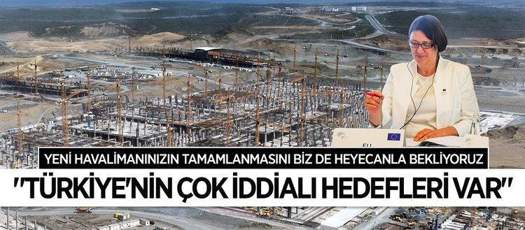 Avrupa Komisyonu Üyesi Violeta Bulc, yeni havalimanı inşaatına hayran kaldı