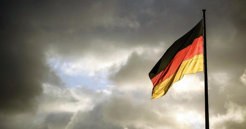 Almanya'dan beş iade