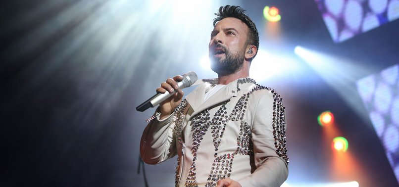 TURKISH POP STAR TARKAN TO PERFORM AT TWO CONCERTS IN RUSSIA