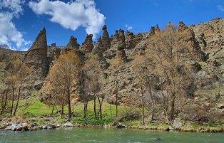 Rival to Capadocia, fairy chimneys of Çankırı attract foreign visitors