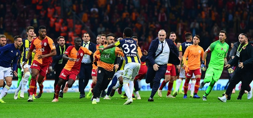 GALATASARAY COACH FATIH TERIM BANNED FROM 7 MATCHES OVER FENERBAHÇE SCUFFLE