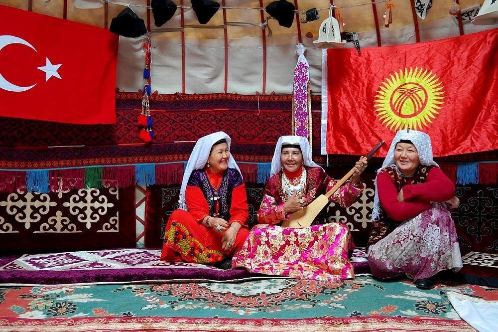 Kyrgyz women villagers in Ulupamir village.