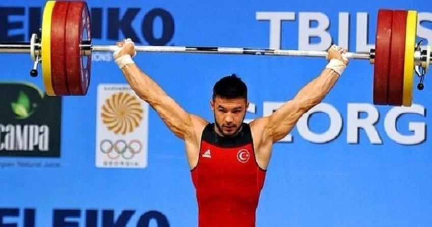 Milli sporcu Daniyar İsmayilov göğsümüzü kabarttı