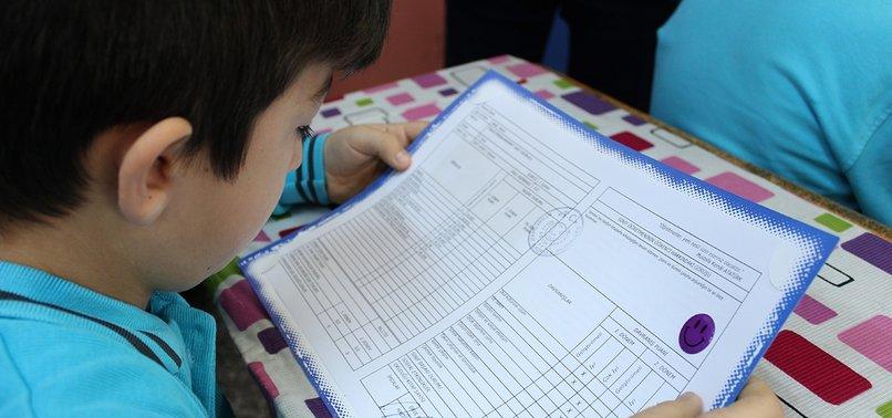 18M SCHOOLCHILDREN RECEIVE REPORT CARDS IN TURKEY