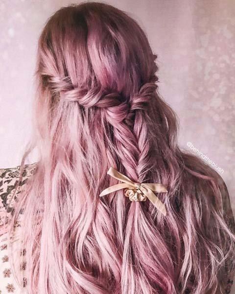 Saçlarda Pembe Altın Yansıması: Rose Gold