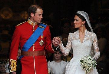 Kate Middleton ve Prens William evliliklerinin 10ncu yılını kutladı