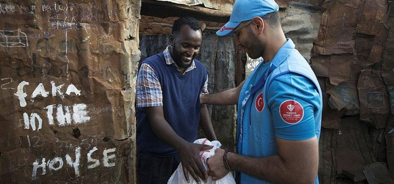TURKISH CHARITY, S. AFRICAN NGO DISTRIBUTE MEAT ON EID