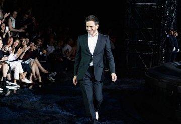 Marc Jacobs'tan üretimi durdurma kararı!
