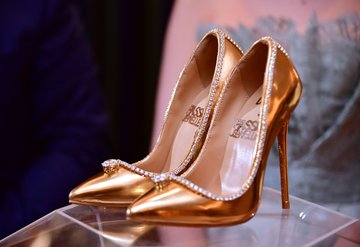 17 milyon dolar değerindeki ayakkabı