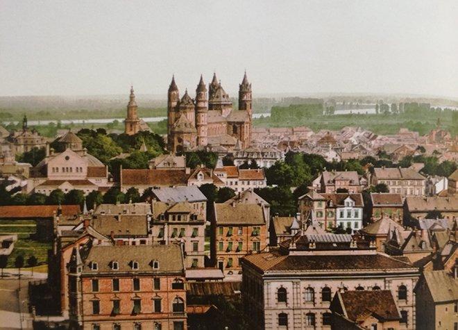 Worms Şehri'nin manzarası