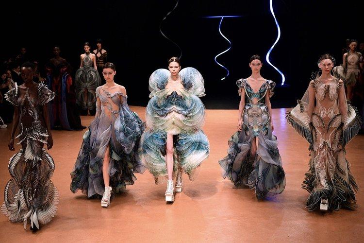 Iris Van Herpen Haute Couture İlkbahar/Yaz 2020-21