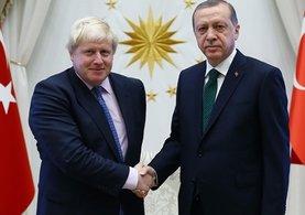Cumhurbaşkanı Erdoğan'dan Johnson'a sürpriz hediye!