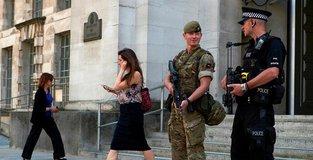 UK police make new arrest in concert bombing investigation