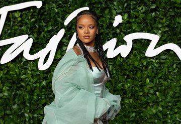 Rihannadan corona virüsle mücadele bağışı
