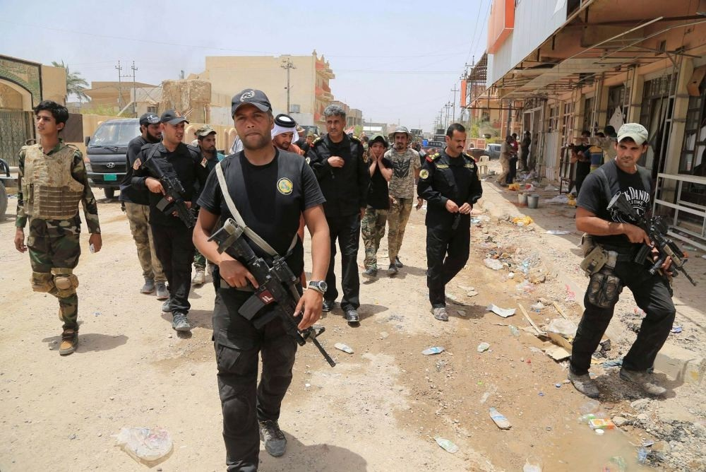 Fallujah residents claim that the Shiite militias arbitrarily attack, detain and loot the goods of Sunnis.