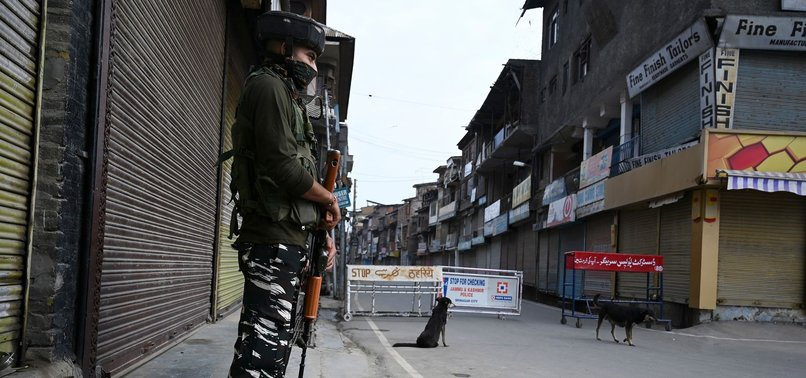 INDIAN ARMY CLAIM ARRESTING 2 PAKISTANIS IN KASHMIR