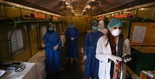 Pakistan extends lockdown to stem coronavirus spread