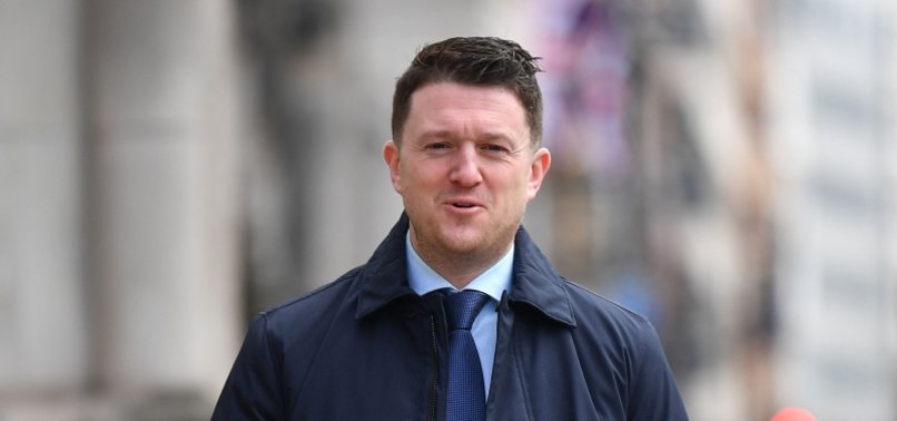 BRITISH ISLAMOPHOBIC ACTIVIST TOMMY ROBINSON ORDERED TO PAY 100,000 POUNDS FOR DEFAMING SYRIAN REFUGEE SCHOOLBOY