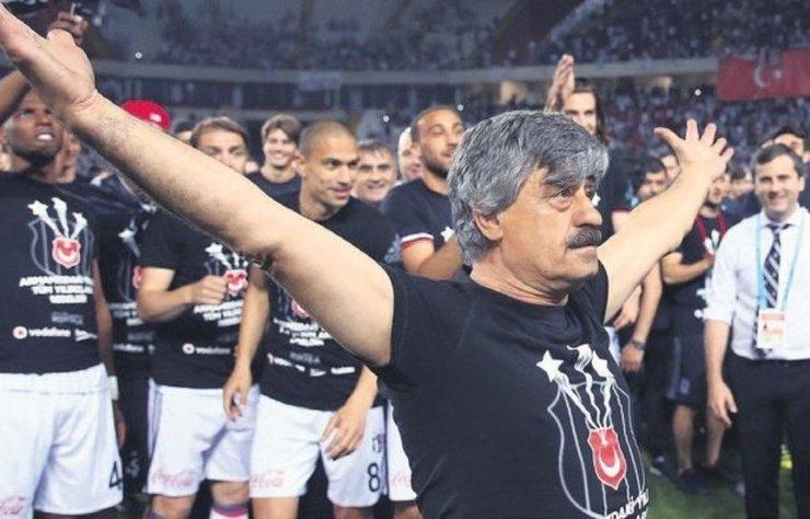 Beşiktaş'ın en sevilen isimlerinden biri. Kulübün de belki en kıdemlisi. Süreyya Soner, 35 yıldır Beşiktaş'ta malzemeci olarak çalışıyor. Yeşilçam'ın tedrisatından geçen ve Beşiktaş'ta alın teriyle efsaneleşen Soner'ın hayatı Güzel Adam Süreyya adıyla belgesel oldu.
