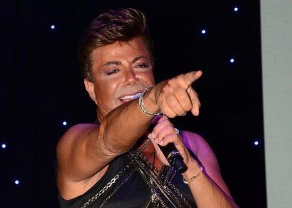 Ünlü şarkıcı Fatih Ürek çocuk hastalığına yakalandı