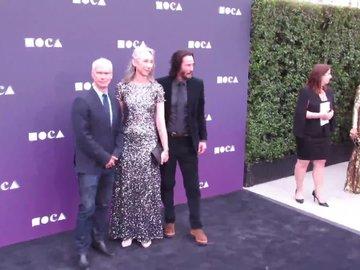 Keanu Reeves ve sevgilisi Alexandra Grant el ele