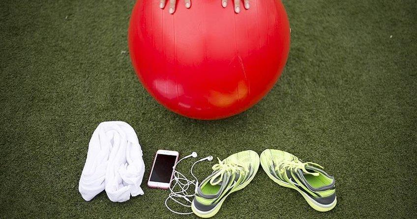 Bel fıtığına istirahat değil egzersiz önerisi