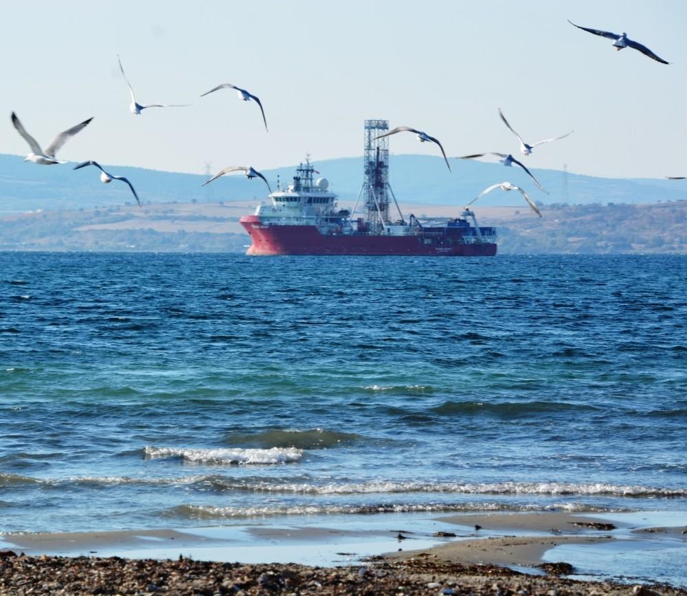 A custom designed geotechnical vessel has started drilling for the u00c7anakkale 1915 Bridge.