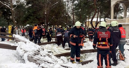pTwo people have been killed and at least 10 people have been injured after a canopy laden with snow collapsed during funeral prayers at a mosque in Istanbul's Ataköy district on Tuesday, as the...