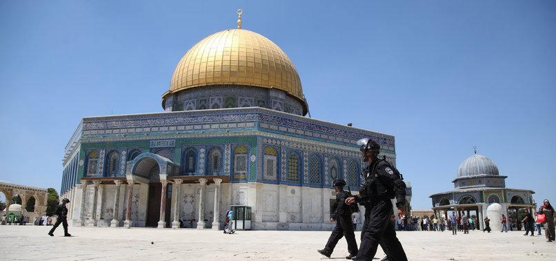 ISRAELI POLICE SHUT DOORS OF AL-AQSA MOSQUE