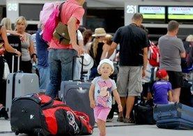 Pasaport kalktı, Ukrayna'dan 1 milyon kişi bekleniyor