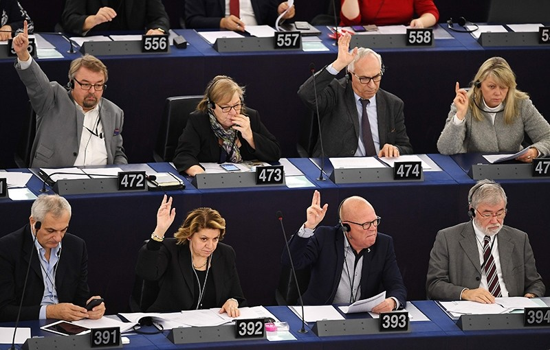 Members of the European Parliament take part in a voting session at the European Parliament in Strasbourg, eastern France, on November 22, 2016. (AFP Photo)