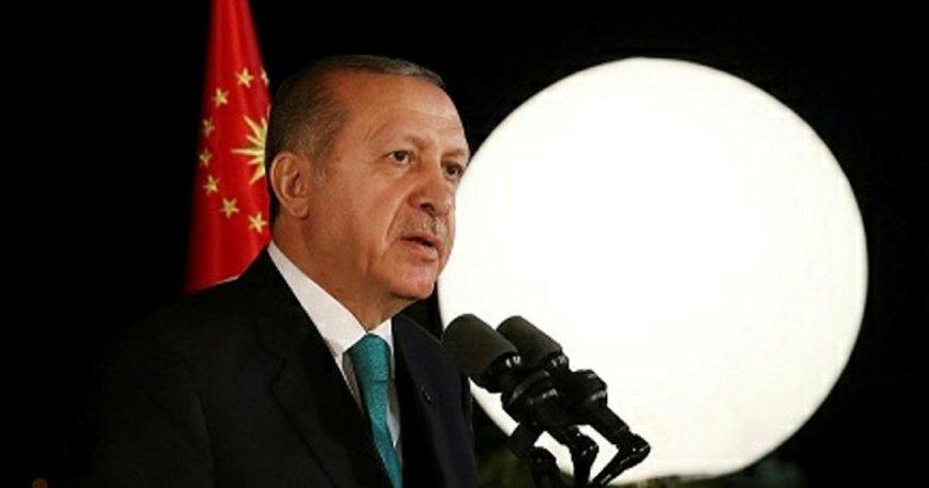 Cumhurbaşkanı Erdoğan, sanatçı ve sporcularla iftarda buluştu