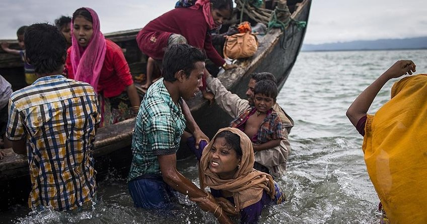 Bangladeşe sığınan Arakanlı Müslümanların sayısı 536 bine ulaştı