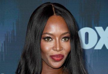 Naomi Campbell, makyaj deviyle çalışmaya başladı
