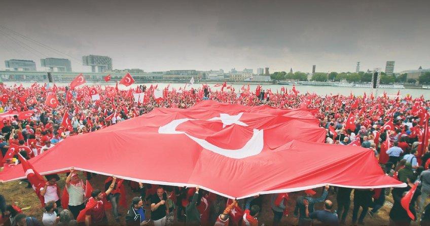 Avrupalı Türkler diken üstünde