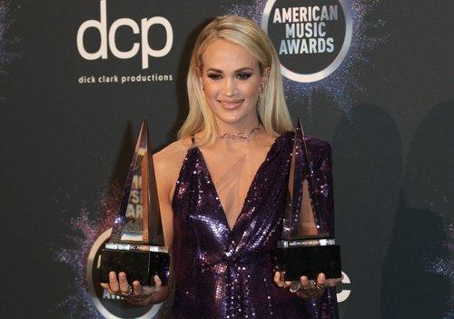 2019 Amerika Müzik Ödülleri güzellik görünümleri