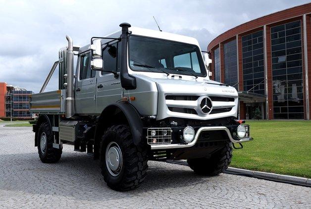 Mercedes-Benz Unimog 200.000 Euro'dan başlayan fiyatlarla yollarda!