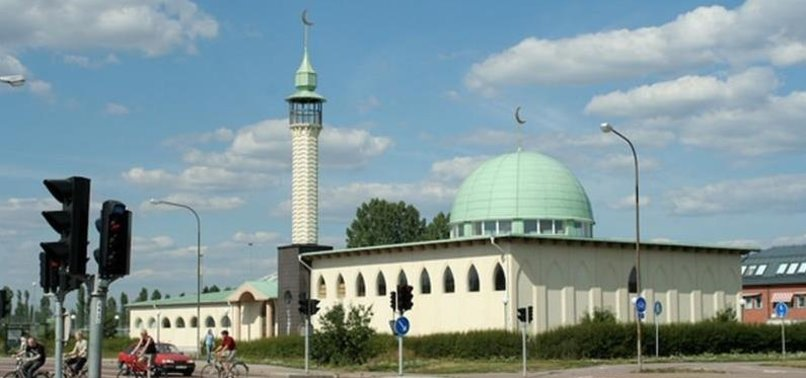 FAR-RIGHT POLITICIAN PROPOSES BUILDING MOSQUE IN SWEDEN