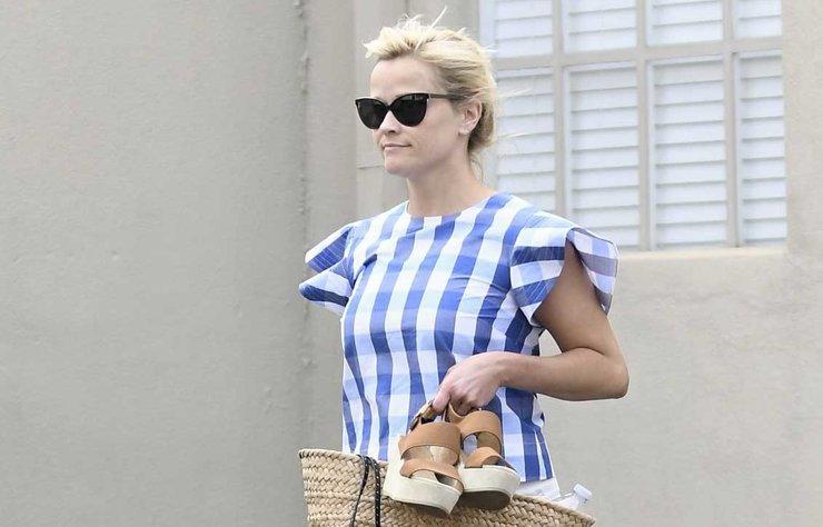 Reese Witherspoon, önceki gün Los Angeles'taki bir SPA merkezinden çıkarken görüntülendi.