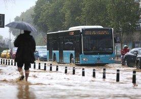 İstanbul Valisi Vasip Şahin: 14.00'ten sonra tekrar yoğun bir yağış bekleniyor