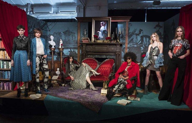 Alice and Olivia 2018 Sonbahar tasarımları, New York Moda Haftası kapsamında görücüye çıktı.