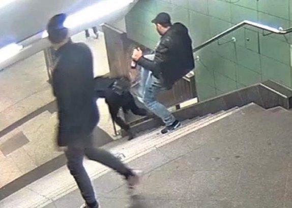 Metro saldırganına 10 yıl hapis istemi