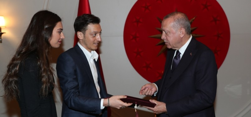 ÖZIL, FIANCÉE INVITE ERDOĞAN TO THEIR WEDDING