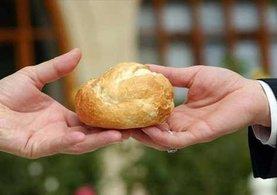 FETÖ'cüler flash belleği ekmek arasına saklamış