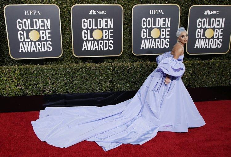Lady Gaga'nın 2019 Altın Küre Ödül Töreni'ndeki elbisesinin anlamı