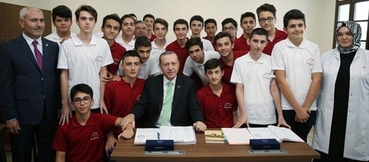 Cumhurbaşkanı Erdoğan yıllar sonra aynı yerde